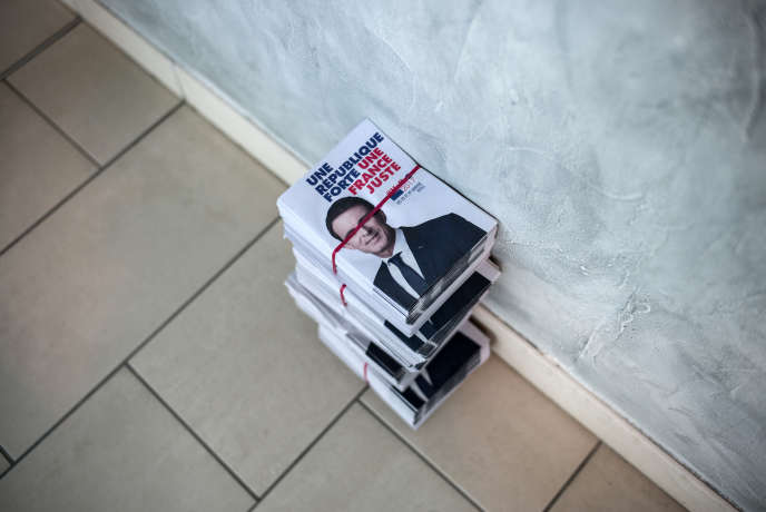 En marge d'un meeting de Manuel Valls, à Tournefeuille (Haute-Garonne), le 14 janvier.