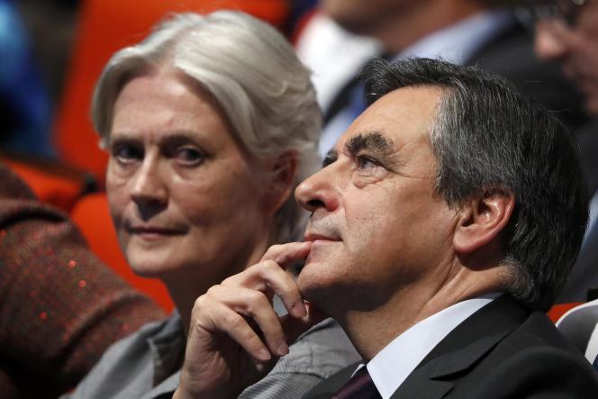 Penelope et François Fillon, lors d'un meeting, le 18 novembre 2016, à Paris.