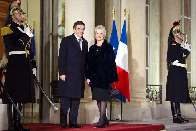 Francois Fillon et sa femme Penelope avant un dîner avec le Président de la Côte-d'IvoireAlassane Dramane Ouattara, à Paris, le 26 janvier.
