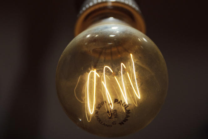 Les ampoules LED offrent un rapport signal/bruit qui est environ 6,3fois celui d'une ampoule à incandescence et 70fois celui d'une ampoule fluorescente.