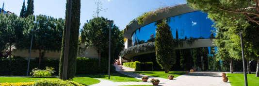 Le campus barcelonais de l'Instituto de Estudios Superiores de la Empresa (IESE).