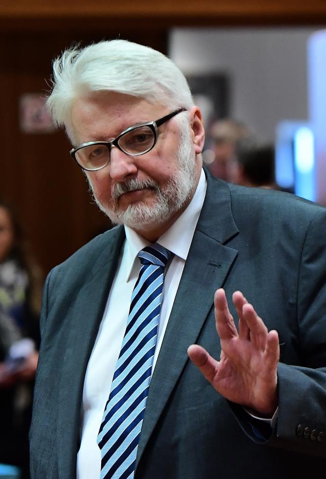 Le ministre polonais des affaires étrangères, Witold Waszczykowski, a annoncé que son gouvernement travaille sur une «nouvelle formule» de Bielsat.