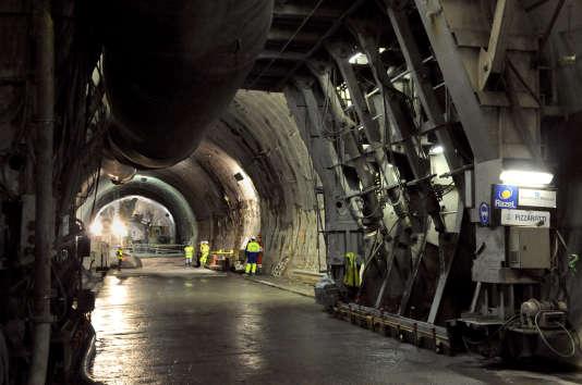 Sur le chantier de la descenderie de Saint-Martin-la-Porte, en décembre 2008. Actuellement, 22 km de tunnel ont déjà été percés.