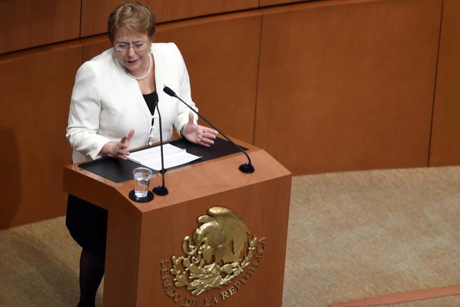 La présidente du Chili, Michelle Bachelet, lors d'un discours au Sénat, en août 2015, à Mexico.