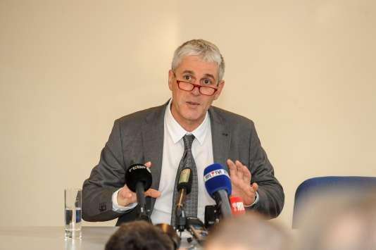 Paul Furlan lors de la conférence de presse au cours de laquelle il a annoncé sa démission, le 26 janvier à Bruxelles.