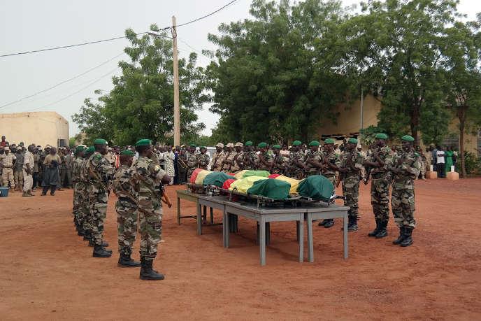 Le 7 août 2015, des djihadistes ont attaqué l'hôtel Byblos de Sévaré, où résidaient des contractuels de la Mission des Nations unies au Mali (Minusma), faisant une dizaine de morts.