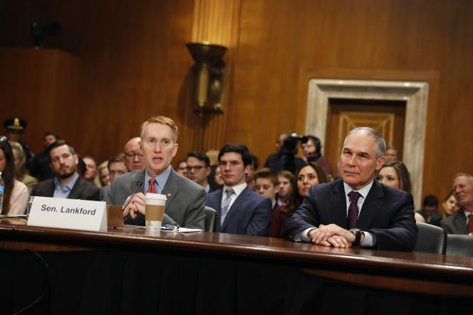 Scott Pruitt, désigné par Donald Trump pour diriger l'Agence fédérale chargée de la protection de l'environnement, lors de son audition par le Sénat, le 18 janvier.