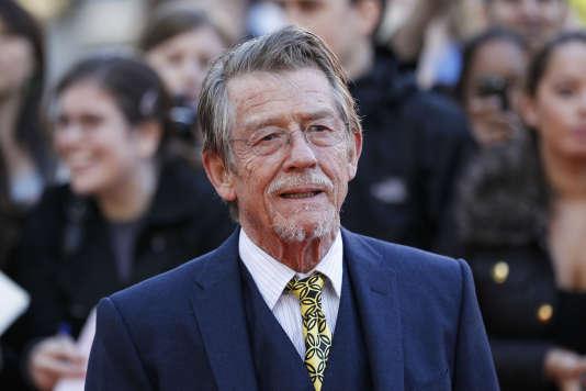 John Hurt, le 13 septembre 2011, pour la première du film « La Taupe» à Londres.