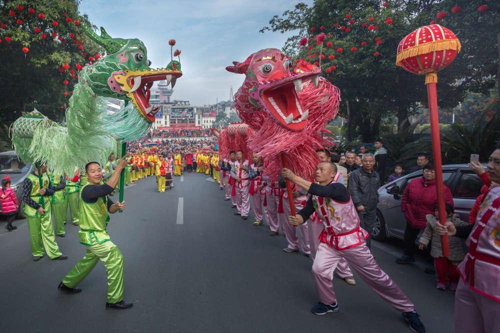 Dance du dragon dans la province de Guangdong, le 28 janvier.