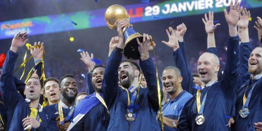 Nikola Karabatic et les joueurs de l'équipe de France le 29 janvier à Paris.