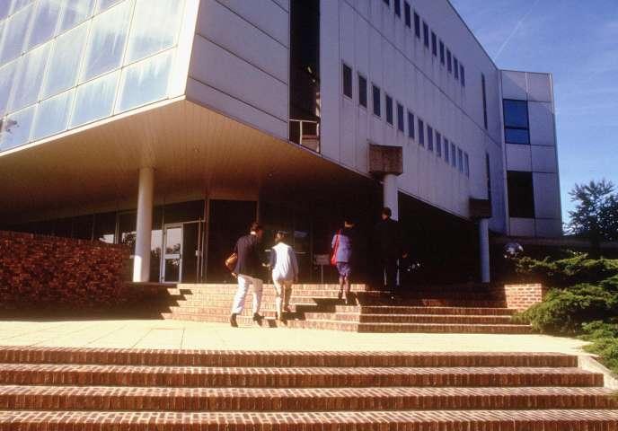 Campus de Fontainebleau de l'Institut européen d'administration des affaires (INSEAD), qui est considéré comme la meilleure école de gestion du monde, hors Etats-Unis.
