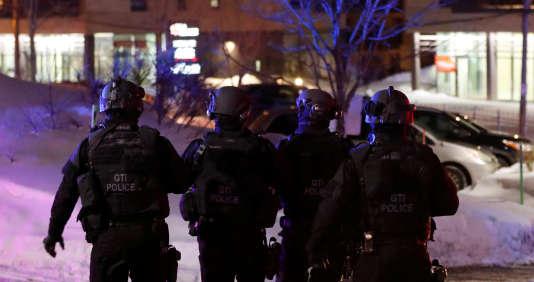 A proximité du Centre culturel islamique de Québec où a eu lieu l'attentat qui a tué six personnes le 29 janvier.