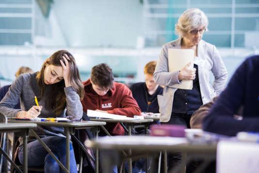 Les épreuves écrites du concours 2016 de l'Ecole polytechnique, en 2016. Deux épreuves du concours d'entrée à l'ENS ont été reportées lundi 10 avril, et les dates de report fixées le lendemain.