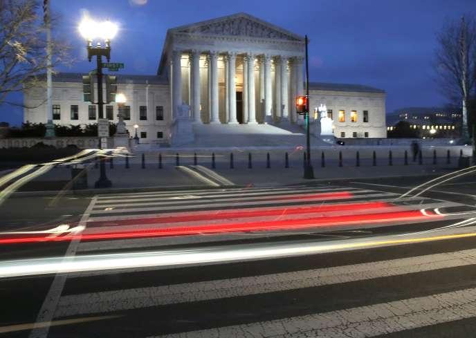 L'enjeu politique estaujourd'hui le retour d'une majorité conservatrice dans la plus haute juridiction d'appel des Etats-Unis, alors que le Sénat lui-même est déjà majoritairement républicain.