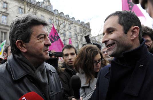 Jean-Luc Mélenchon et Benoît Hamon, le 21 janvier 2010 à Paris.