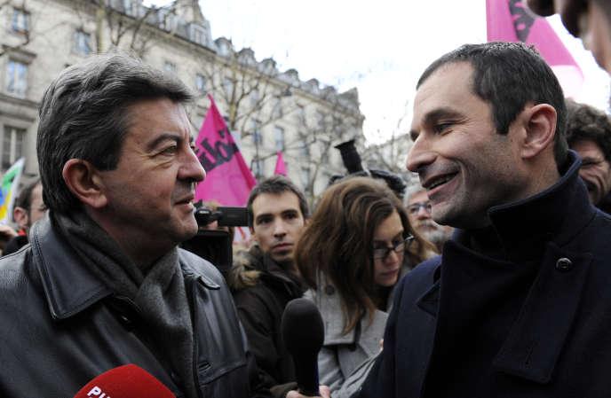Jean-Luc Melenchon et Benoît Hamon, le 21 janvier 2010 à Paris.