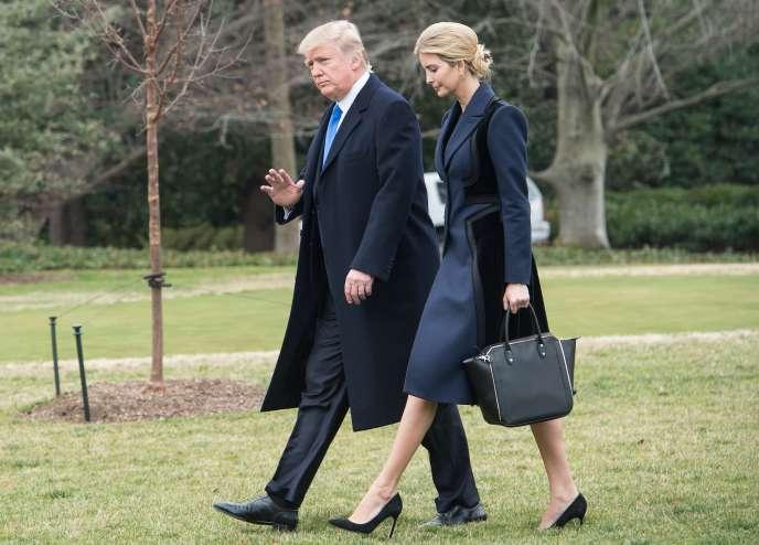 Donald Trump et Ivanka en route pour accueillir le corps du soldat mort au Yémen, le 1er février à Washington.