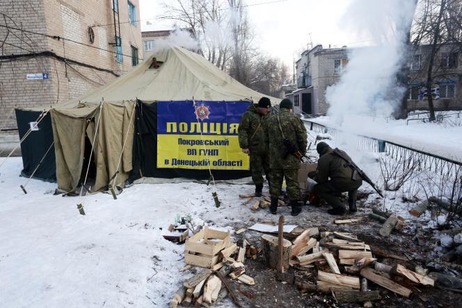 A Avdiivka, près de Donetsk (Ukraine), le 31 janvier. Les combats ont entraîné des coupures d'eau et de chauffage.
