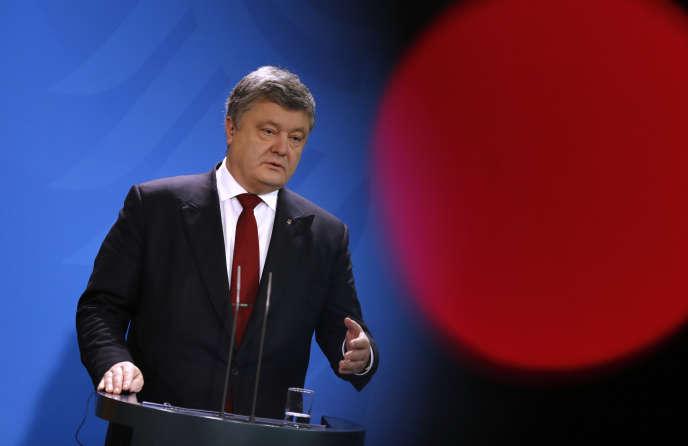 « Ce qui compte pour moi, c'est l'opinion de la population ukrainienne », affirmePetro Porochenko.
