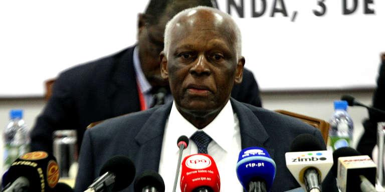 Le président angolais José Eduardo dos Santos annonce sa volonté de se retirer du pouvoir, le 3 février 2017, à Luanda.