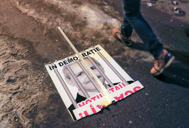 Une manifestation contreLiviu Dragnea, le chef du parti au pouvoir, à Bucarest (Roumanie) le 2 février