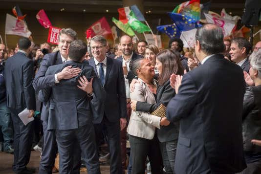 Arnaud Montebourg, Vincent Peillon, Christiane Taubira et Anne Hidalgo à la convention nationale d'investiture de Benoit Hamon, candidat à la présidentielle 2017, à la Mutualité, à Paris, dimanche 5 février.