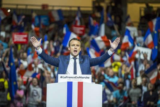 Emmanuel Macron au Palais des sports de Lyon, samedi 4 février.