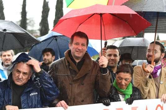 Yannick Jadot, candidat EELV à la présidentielle, lors d'une manifestation à Gardanne (Bouches-du-Rhône).
