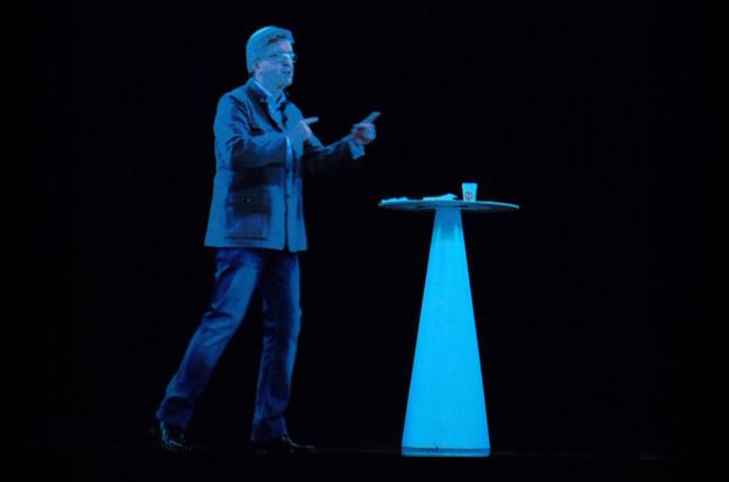 L'hologramme de Jean-Luc Mélenchon, le 5 février 2017, à Aubervilliers.