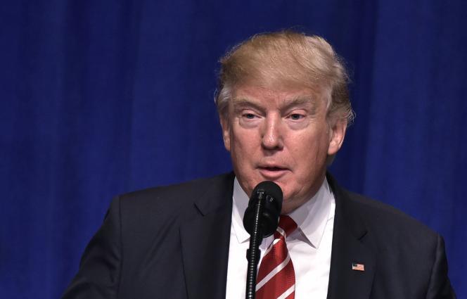 Donald Trump, le 6 février 2017 à Tampa, en Floride.