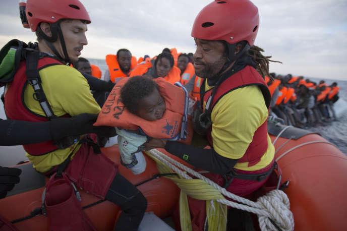 Opération de sauvetage au large de la Libye, le 3 février.