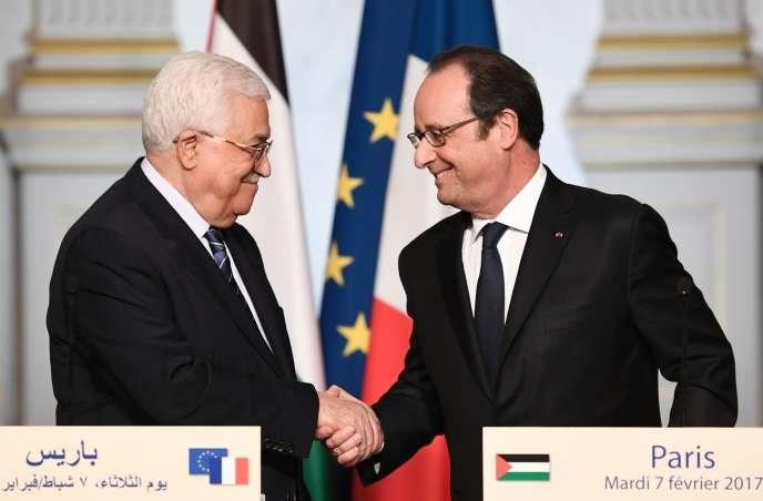 François Hollande et Mahmoud Abbas, le 7 février à l'Elysée.