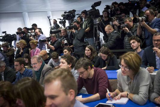 Conférence de presse de François Fillon dans son QG de campagne à Paris, lundi 6 février.