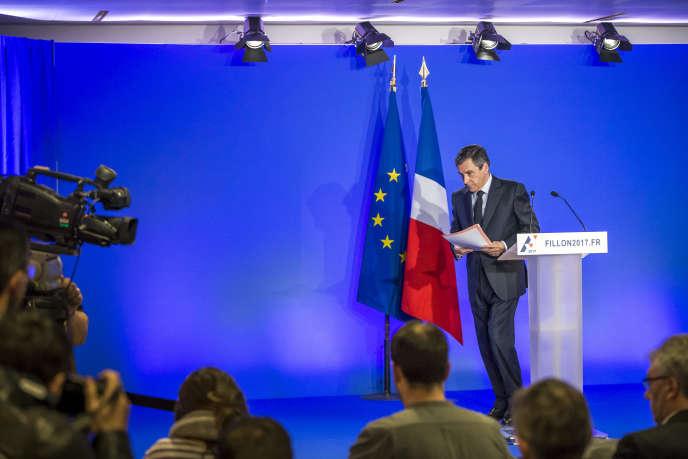 Conférence de presse de François Fillon, candidat de la droite à l'élection présidentielle, à propos de « l'affaire Penelope », à Paris, le 6 février 2017.
