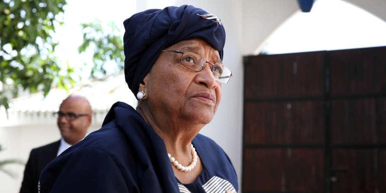 La présidente du Liberia, Ellen Johnson Sirleaf, à Banjul, en Gambie, le 13 décembre 2016.