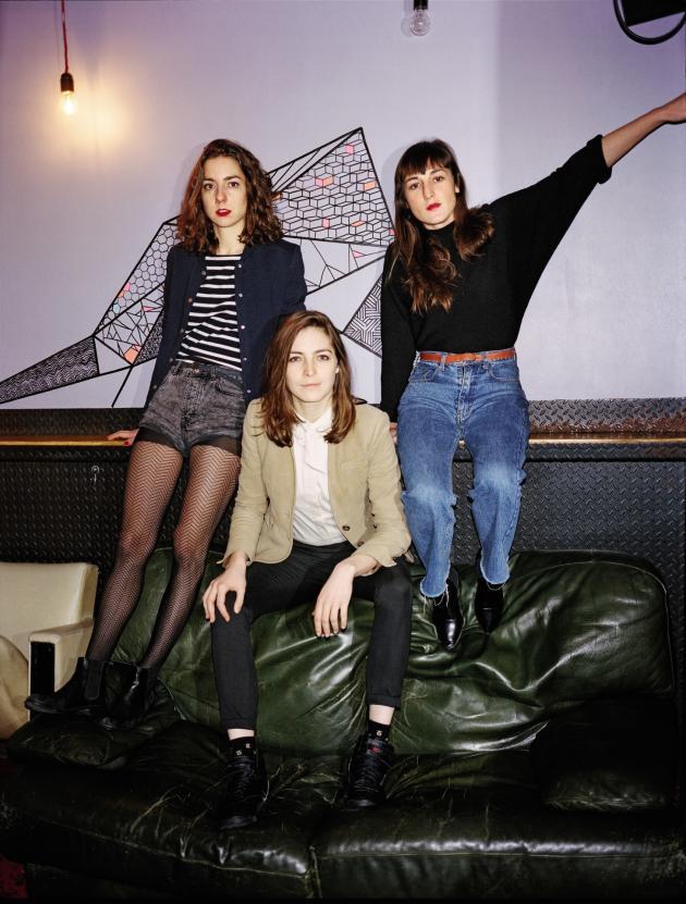 Cléa Vincent, Fishbach et Juliette Armanet (de gauche à droite) au Pop-up du Label, à Paris, en janvier.