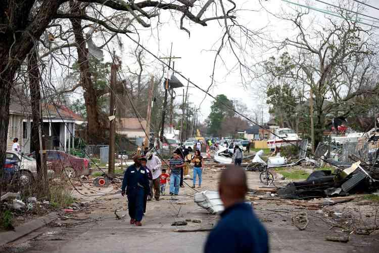 Douze ans auparavant, la ville avait déjà été dévastée par l'ouragan Katrina, qui avait tué 1577 personnes dans tout l'Etat de Louisiane.