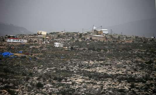 Le village palestinien de Yasuf, situé en Cisjordanie, se trouve à côté de la colonie sauvage de Kfar Tapuah. Photo prise le 8 février 2017.
