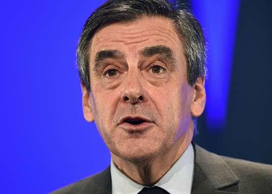 François Fillon en meeting à Chasseneuil-du-Poitou (Vienne), le 9 février.