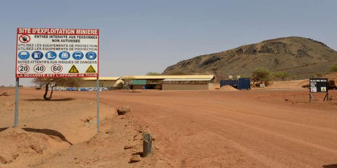A l'entrée de la mine de Tambao, à 350 km de Ouagadougou, la capitale.