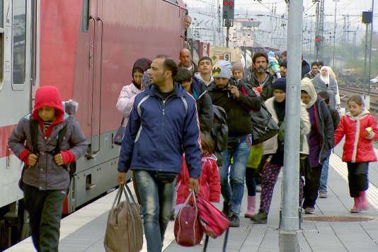 Arrivée de réfugiés à Passau.