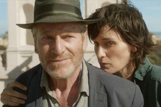 Tchéky Karyo etClotilde Hesme dans le film français deCaroline Deruas,«L'Indomptée».
