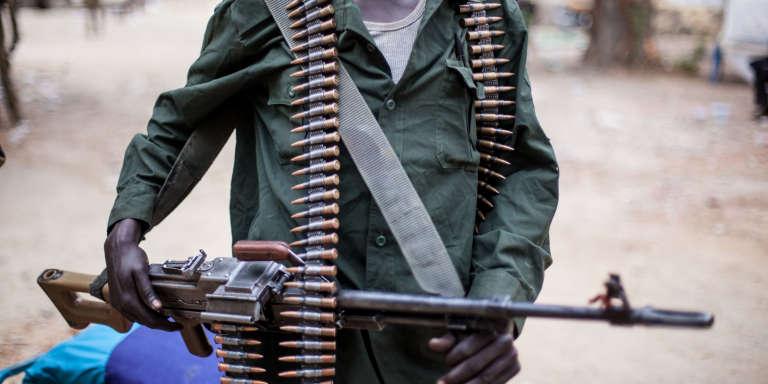 Un rebelle sud-soudanais à Malakal, en mars 2014.
