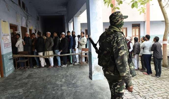 Un bureau de vote àMuzaffarnagar, enUttar Pradesh, le 11 février.