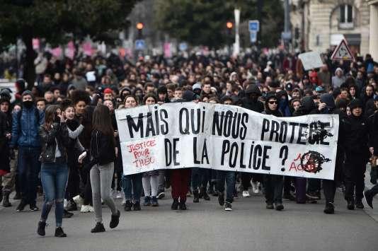 Une manifestation contre les violences policières, à Nantes le 11février.