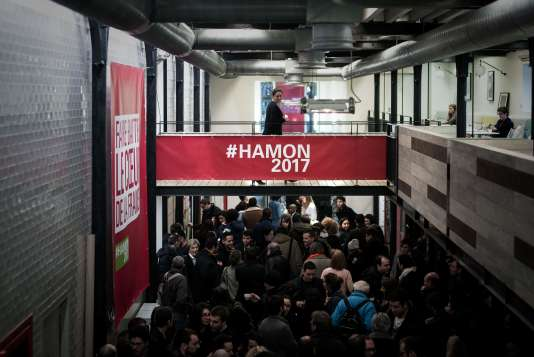 Le siège de campagne de Benoît Hamon a été installé dans une ancienne manufacture située au cœur du 10e arrondissement de Paris – ici le 11 février 2017 lors de l'inauguration.