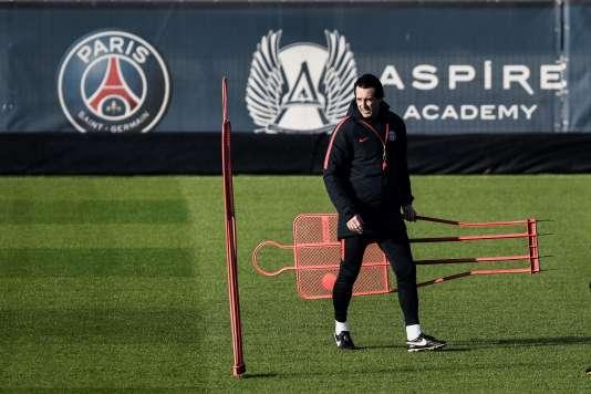 Unai Emery lors d'une séance d'entraînement du Paris-Saint-Germain, le 13 février.