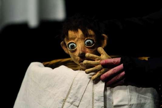 « Je n'ai pas peur», un spectacle de théâtre et marionnettes, par la compagnie Tro-héol, tout public dès 10 ans.