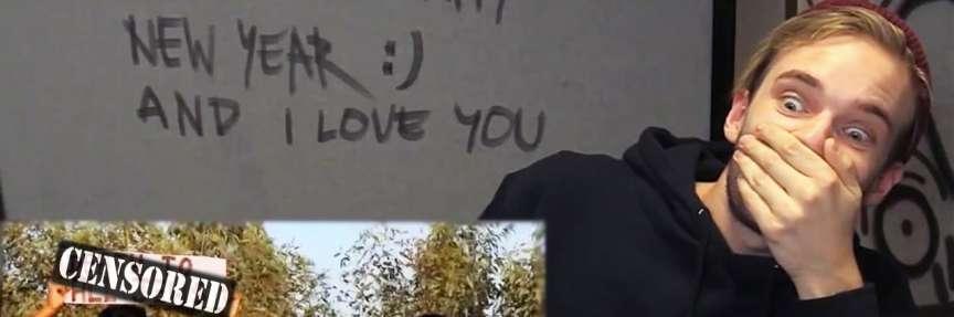 Capture d'écran d'une vidéo de PewDiePie dans laquelle il avait payé deux personnes pour danser en tenant un panneau« mort aux juifs».