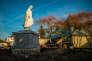 La vierge de Notre-Dame du Léman à son final sur des hauteurs d'Amphion (Haute-Savoie).